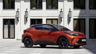 c-hr-new-pix-001